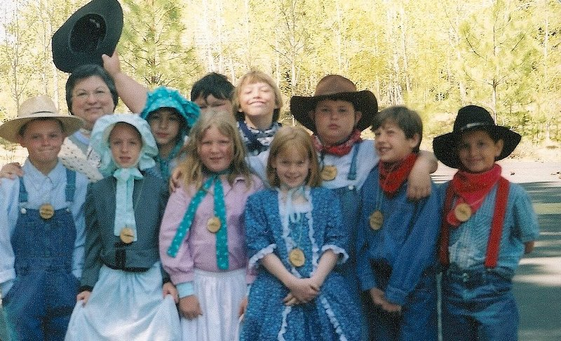 Pioneer costume ideas - Music News - Music with Mrs. Webb - Issaquah Connect  sc 1 st  Issaquah Connect & Pioneer costume ideas - Music News - Music with Mrs. Webb - Issaquah ...